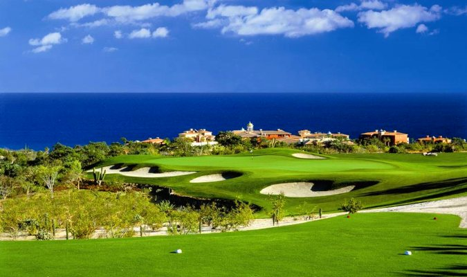 The desert course at Cabos del Sol