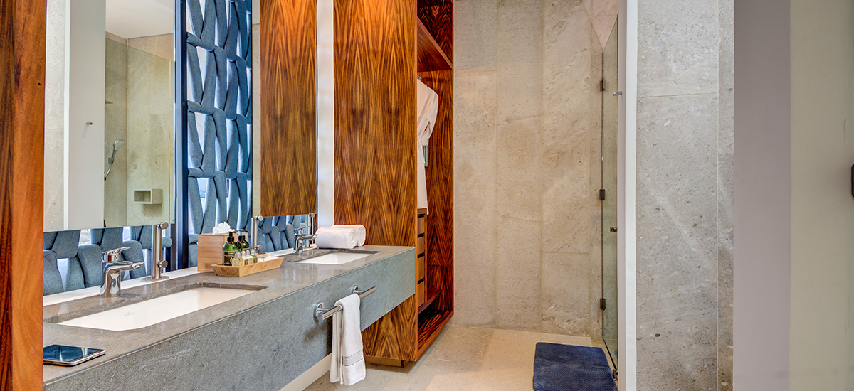 kinich bathroom 2