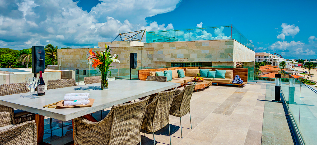 kinich villa roof lounge 2