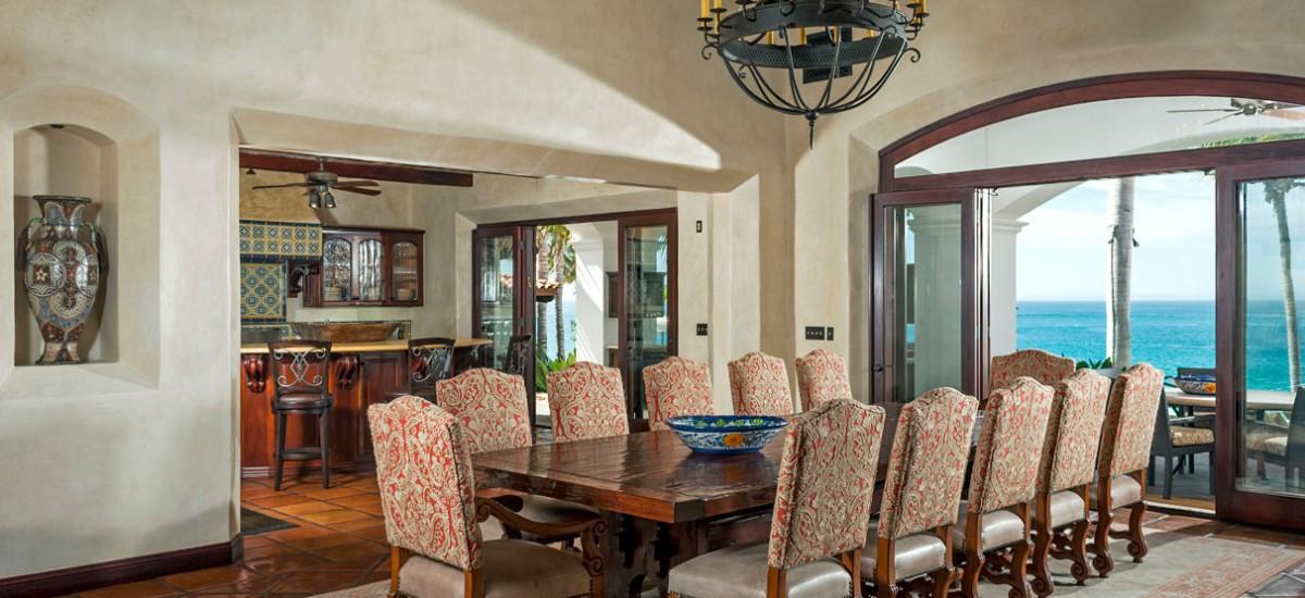 casa bahia rocas dining room