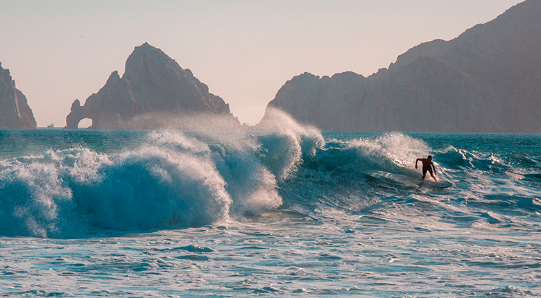 Los Cabos, one of the best surf spots in Mexico
