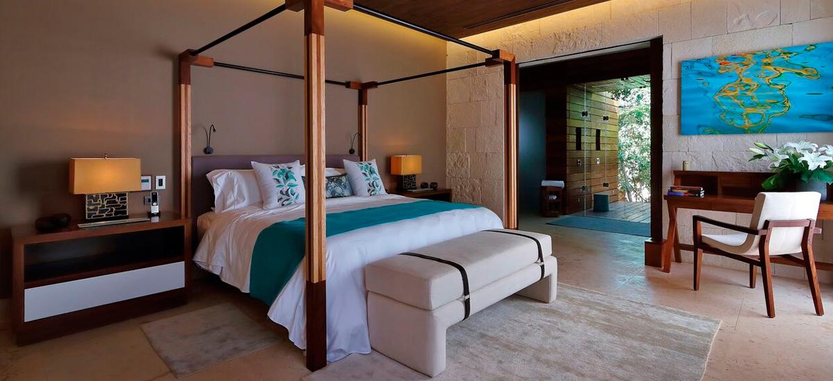 the royal villa bedroom 1