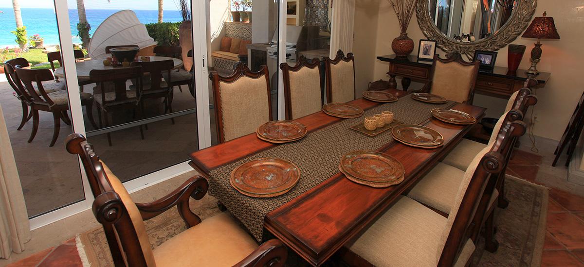 villa 471 dining