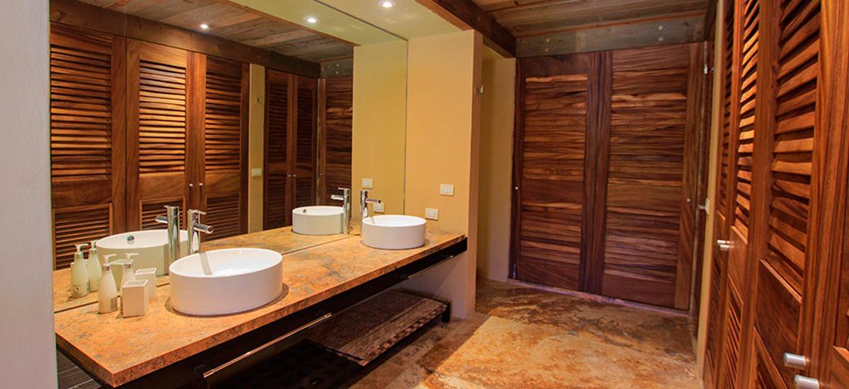 villa aire punta mita bathroom
