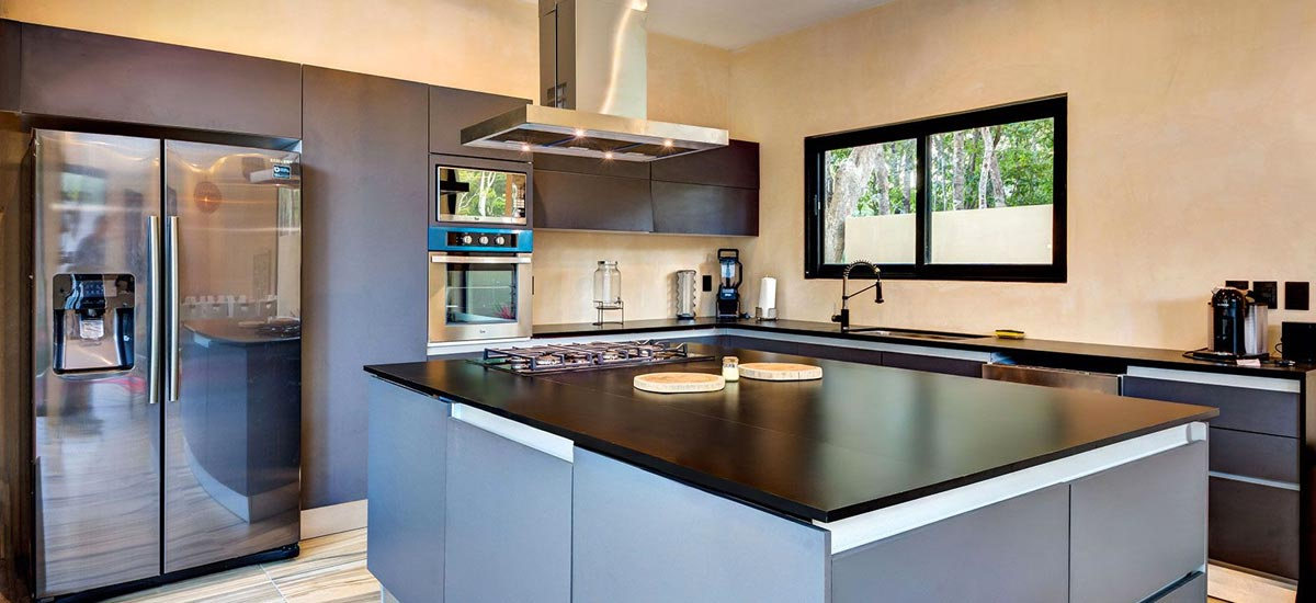casa adama living kitchen