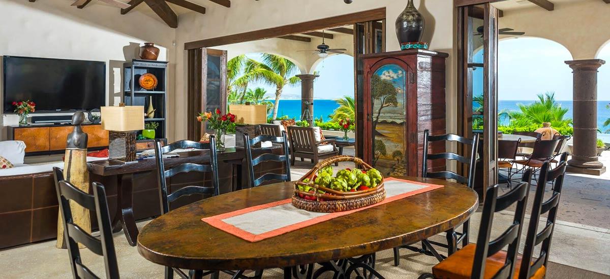 casa alegria dining room