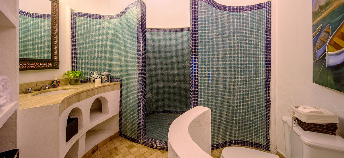 casa aventura bathroom