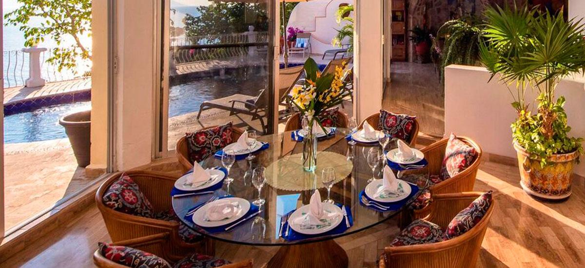 casa aventura table 2