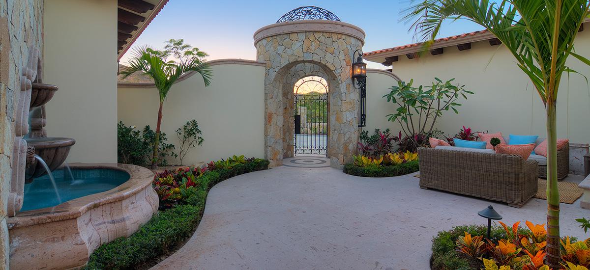 casa bella door