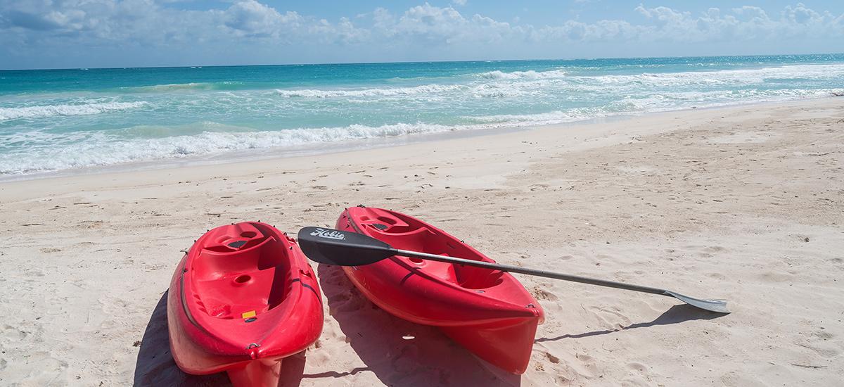 casa cantarena kayak