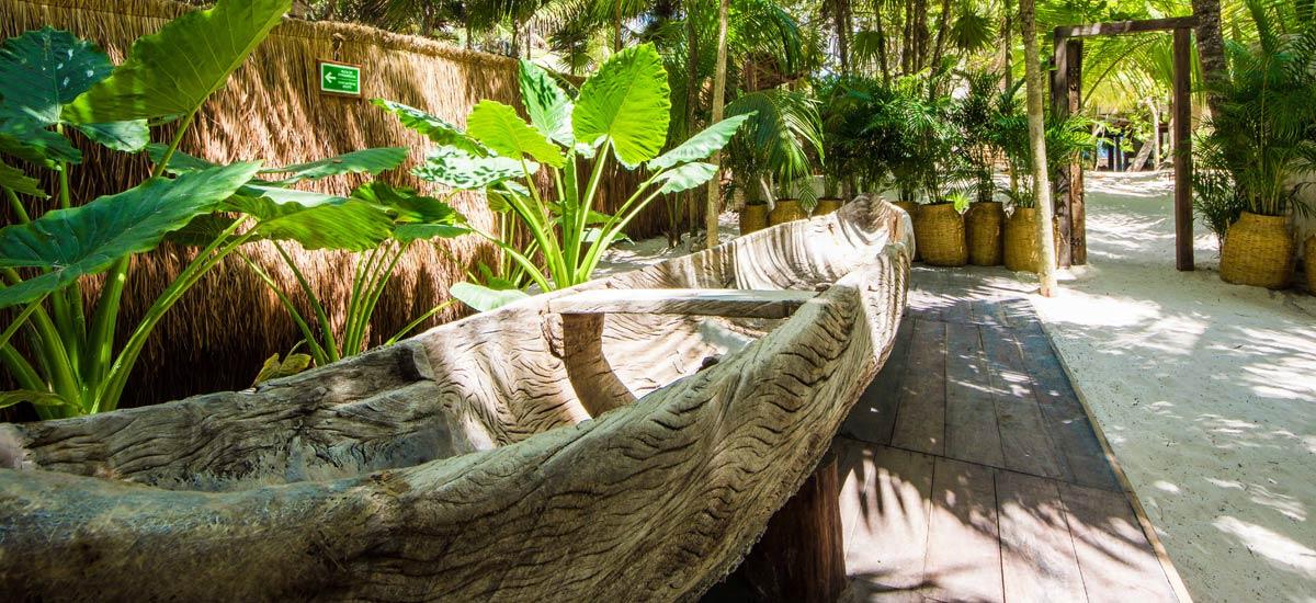 casa chakte canoe