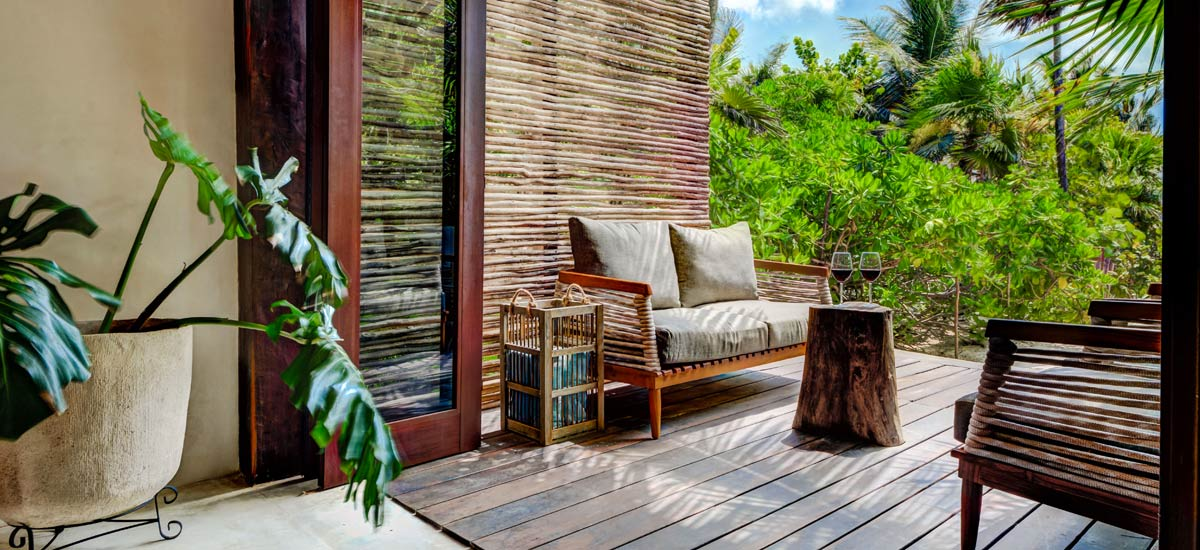 casa chechen outdoor lounge