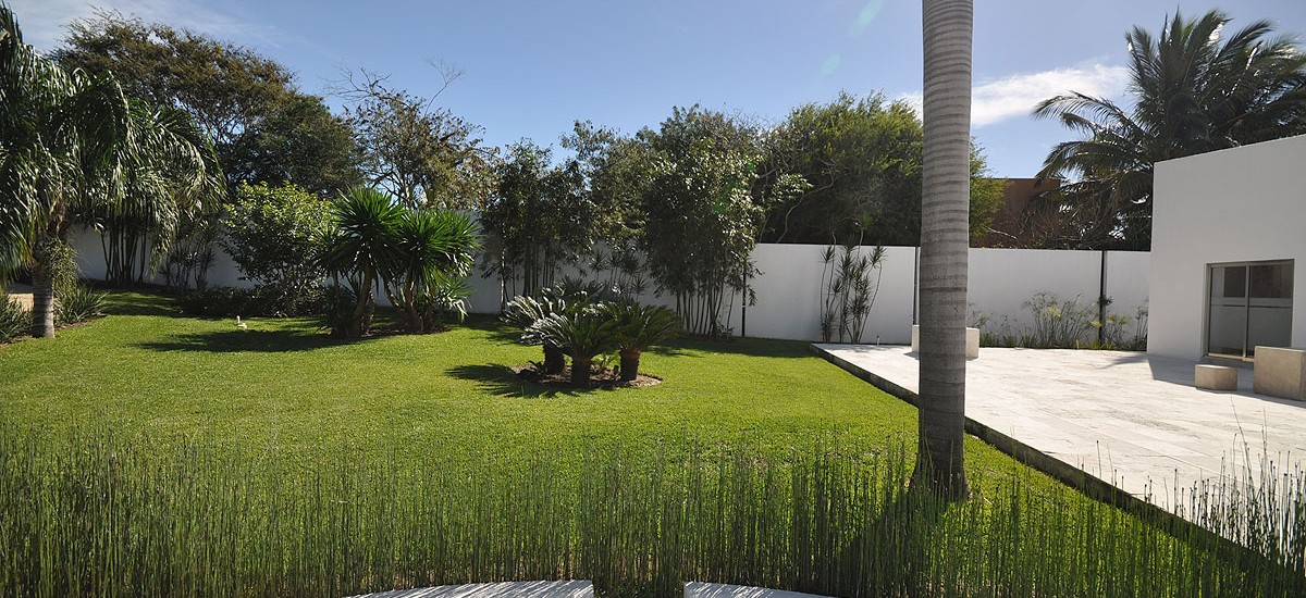 casa china blanca garden 4