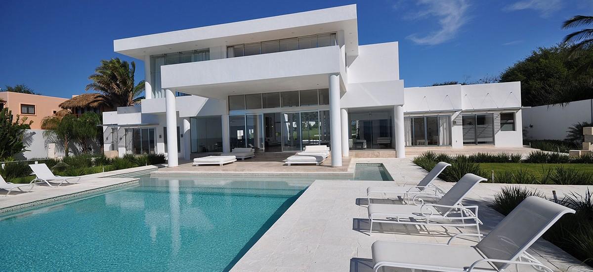 casa china blanca pool 3
