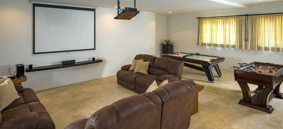 casa contenta media room