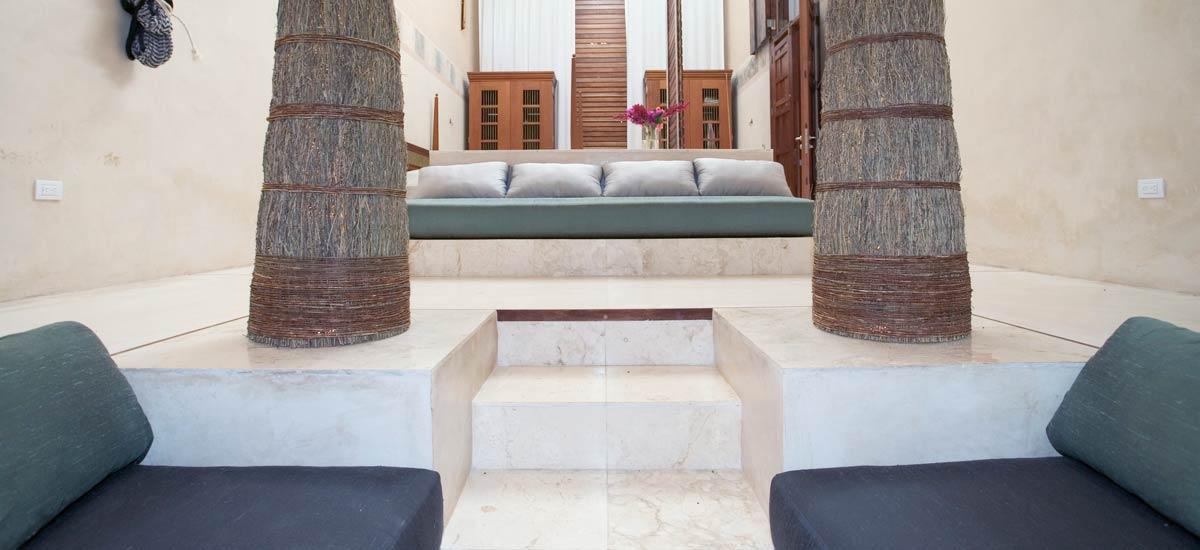 casa de maquinas living room 1
