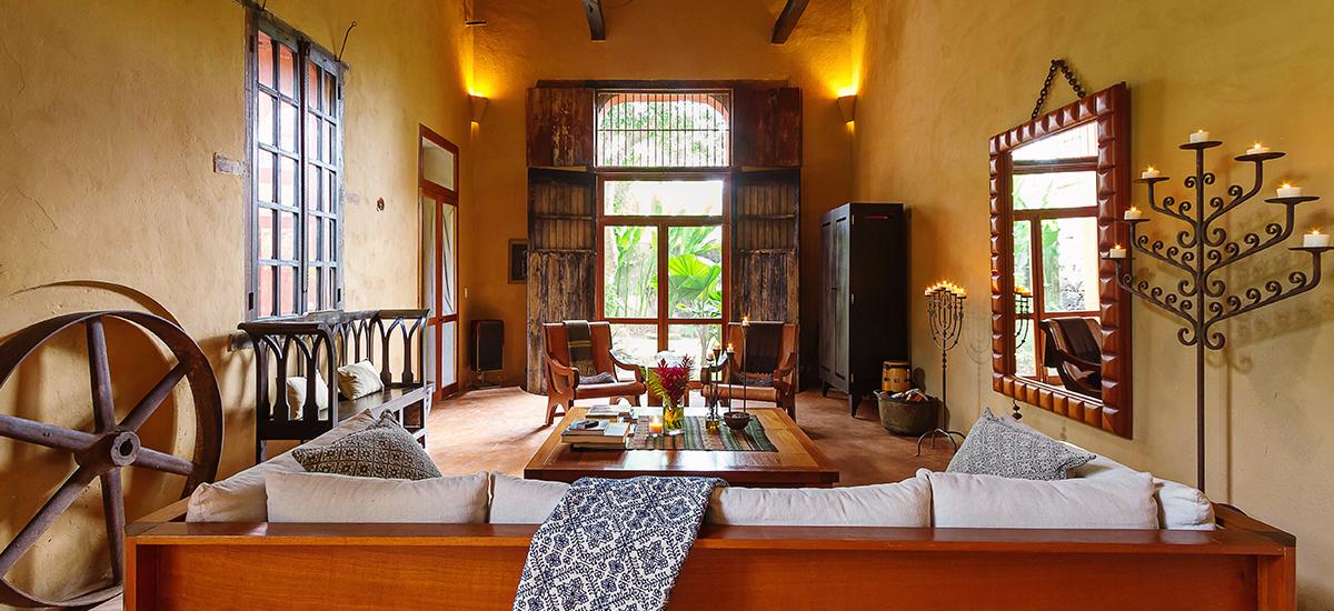 casa de maquinas living room