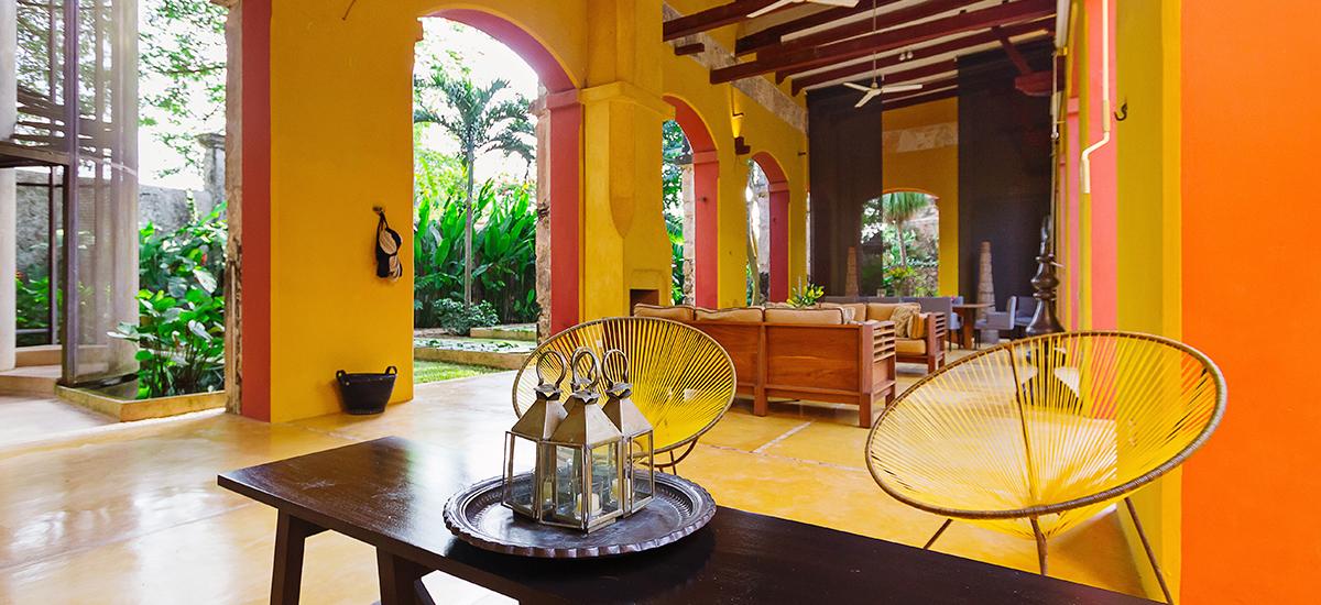 casa de maquinas hacienda loggia sitting