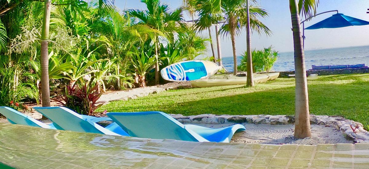 casa del cielo isla mujeres front yard view 3