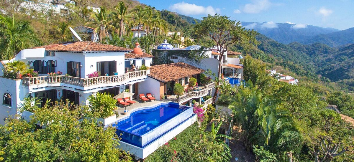 casa del quetzal aerial view 3