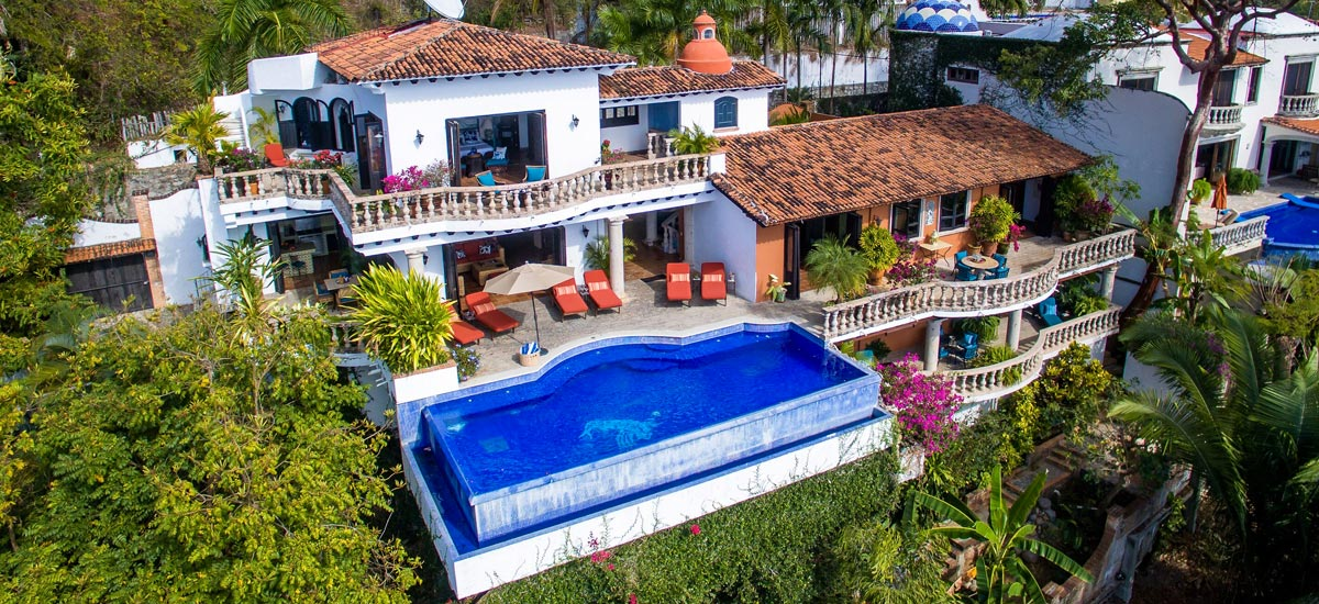 casa del quetzal aerial view 4