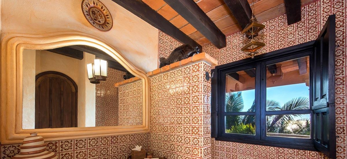 casa del quetzal bathroom 5
