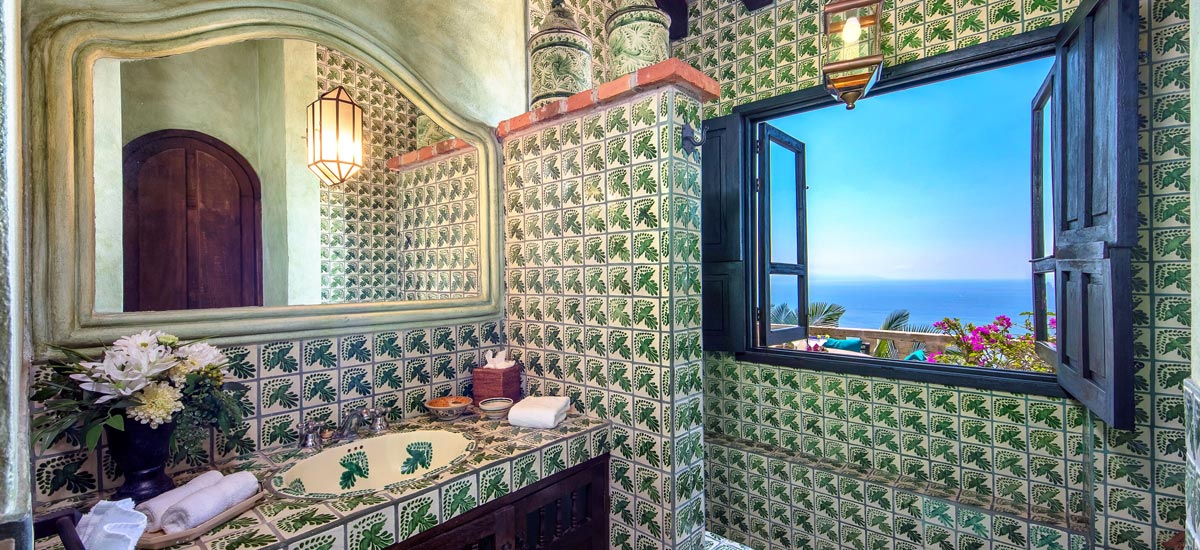 casa del quetzal bathroom