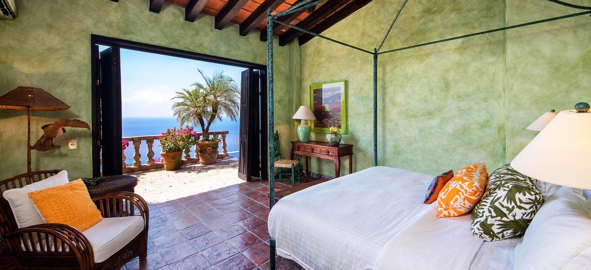 casa del quetzal bedroom