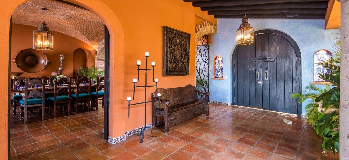 casa del quetzal hall