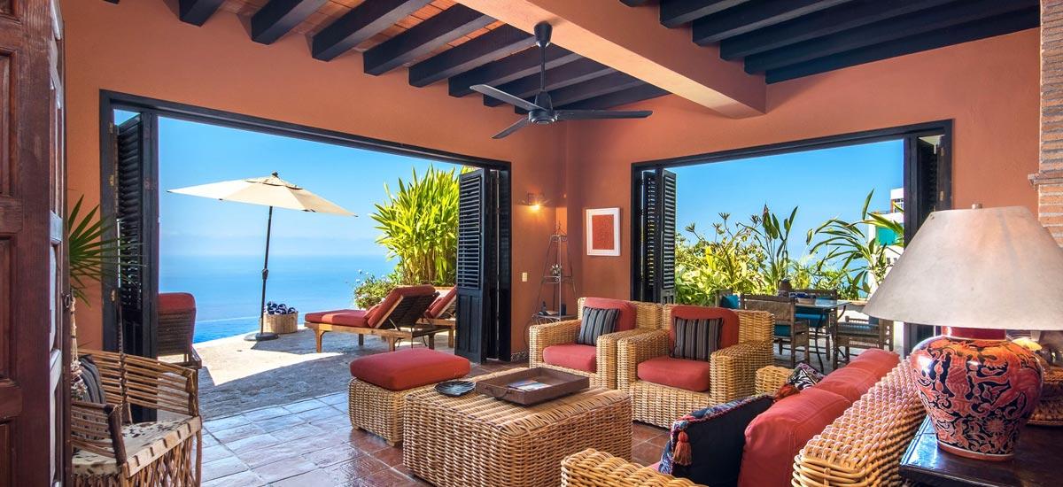 casa del quetzal living room 2