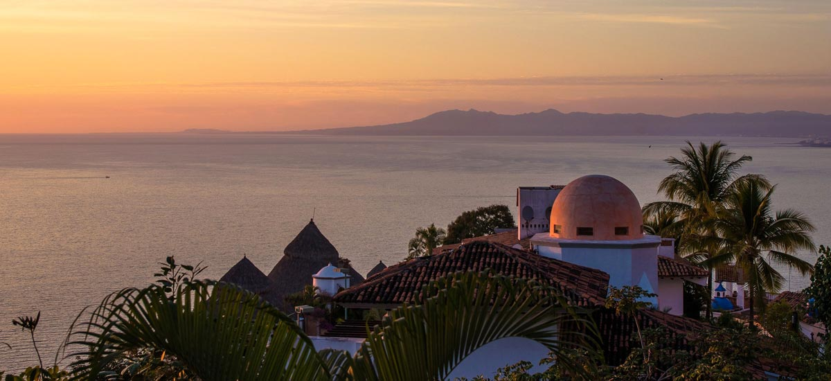 casa del quetzal sunset view