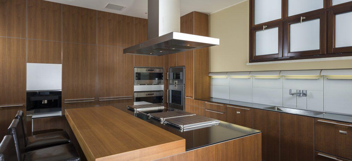 casa fryzer kitchen