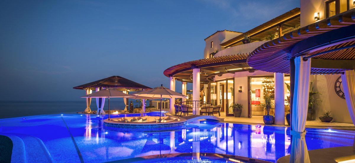 casa fryzer night pool 4