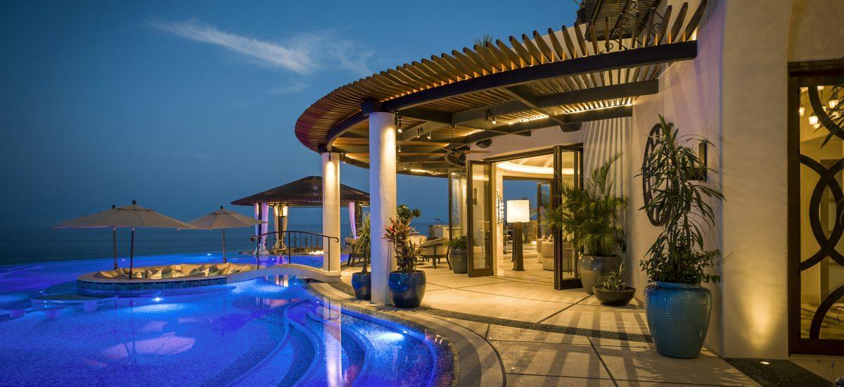 casa fryzer night pool 5