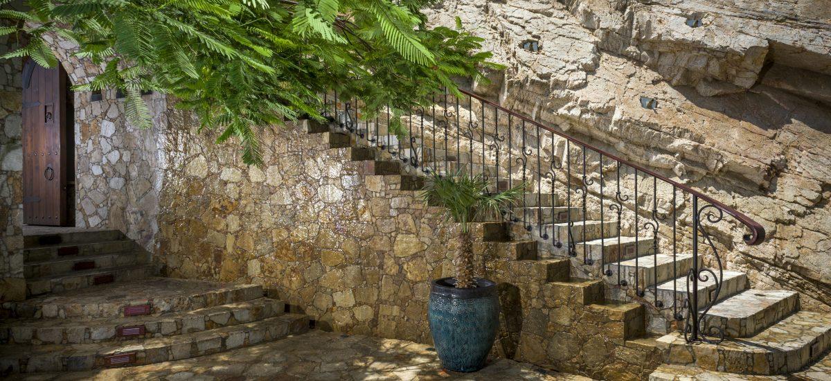 casa fryzer stairway