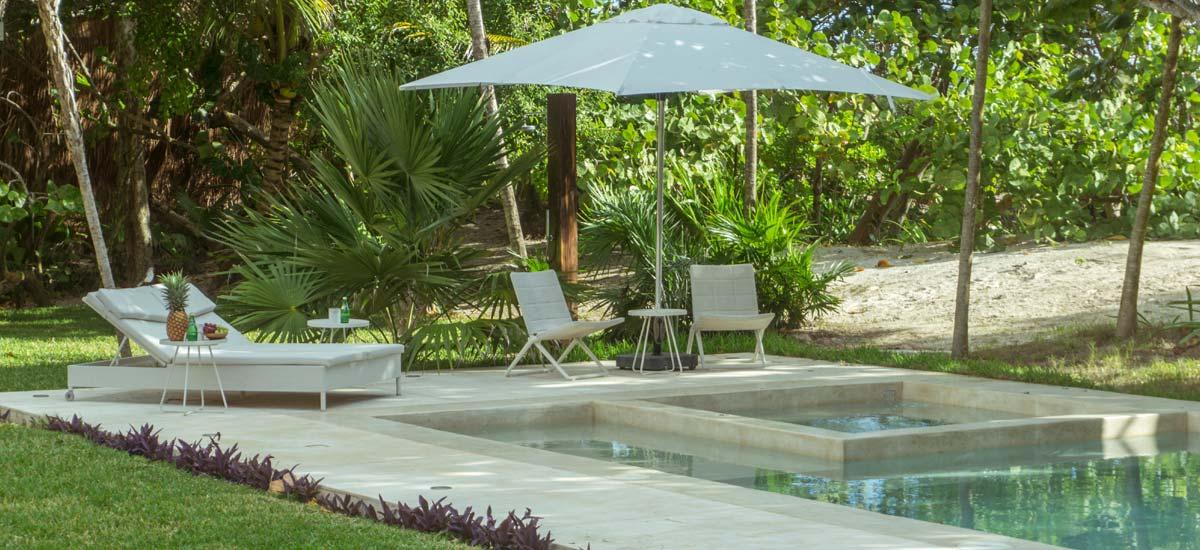 casa ixchel pool