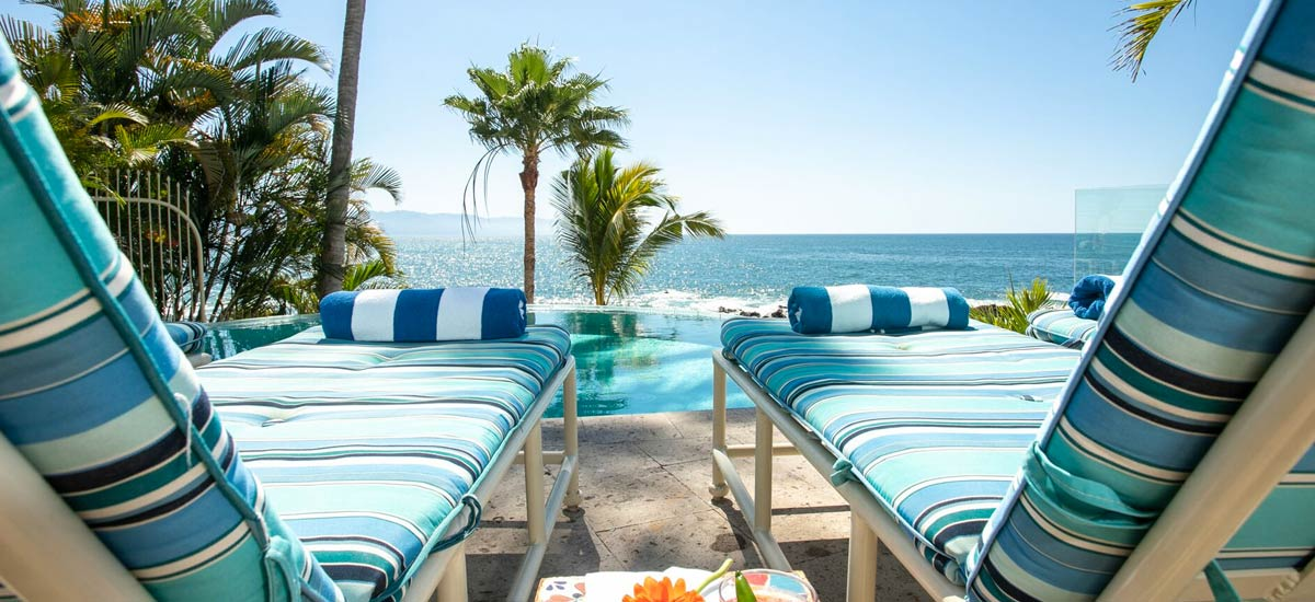 casa karma beachfront loungers