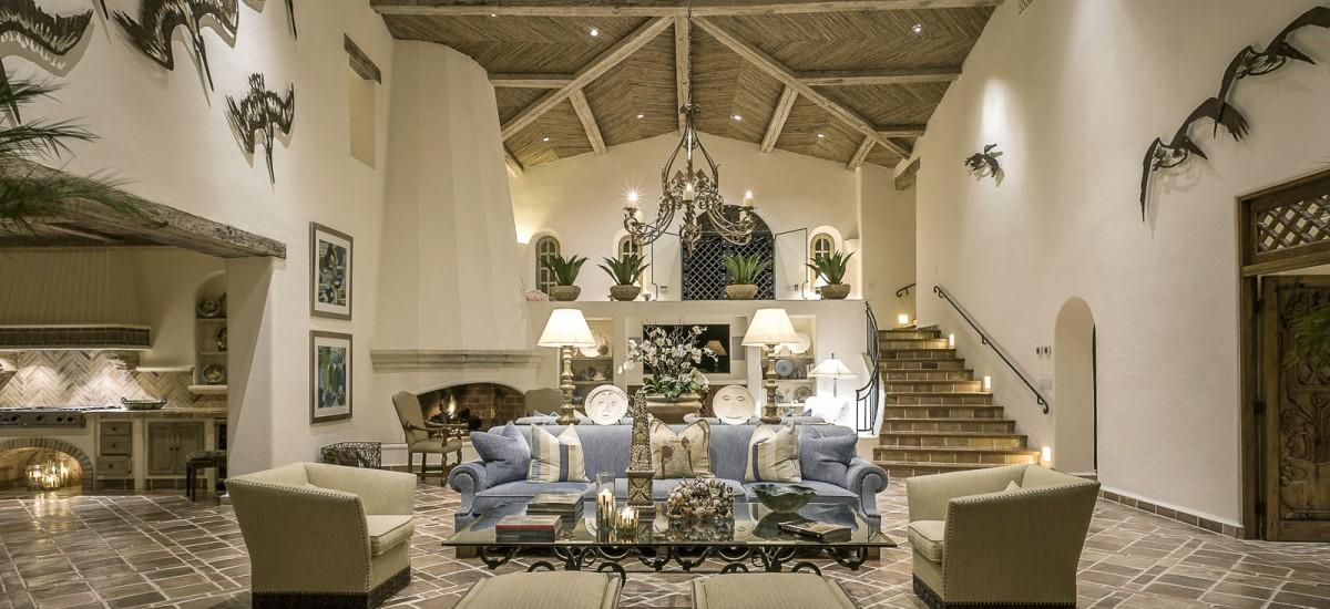 casa koll living room