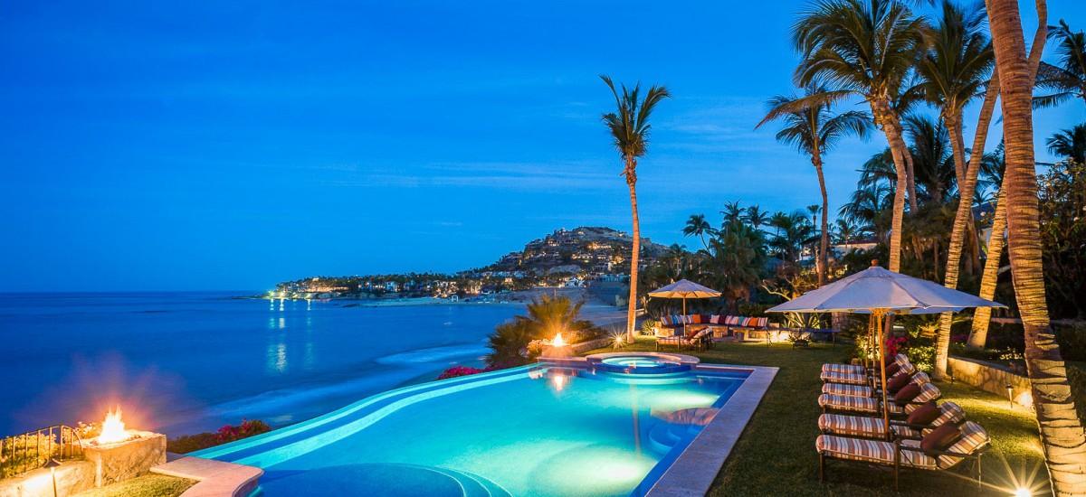 casa koll night pool