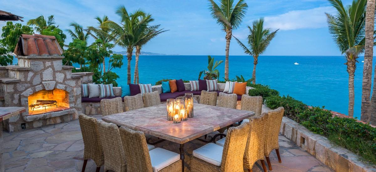 casa koll outdoors table