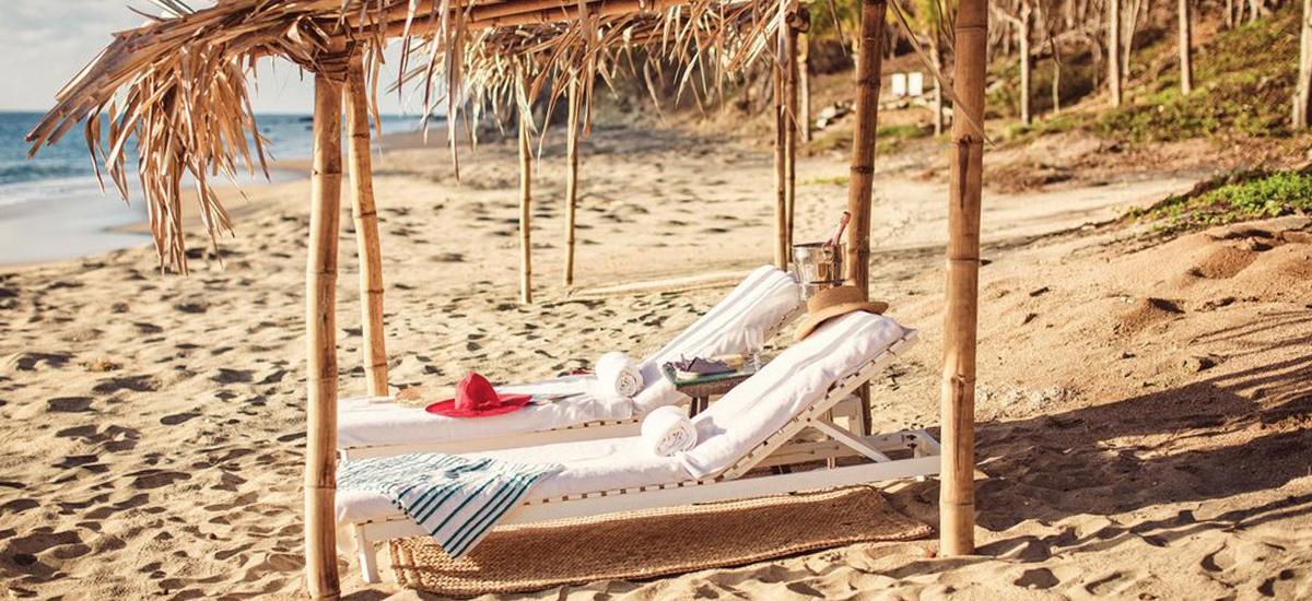 casa mis amores beach