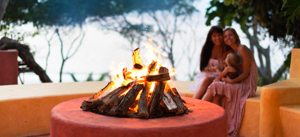 casa mis amores fire pit