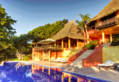 casa mis amores pool