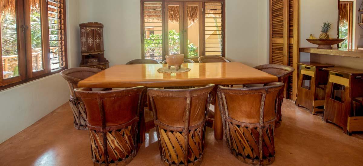 casa nalum dining room