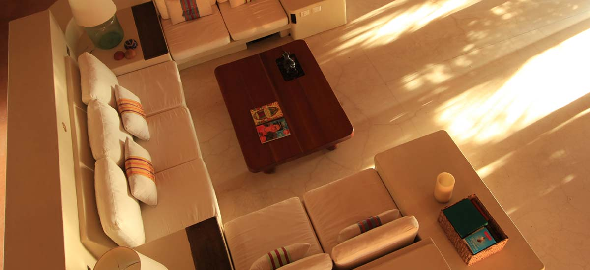 casa nalum living room