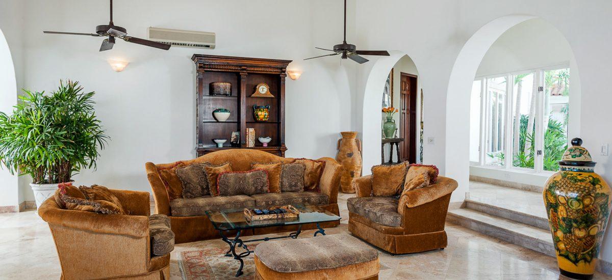 casa paraiso living room 2