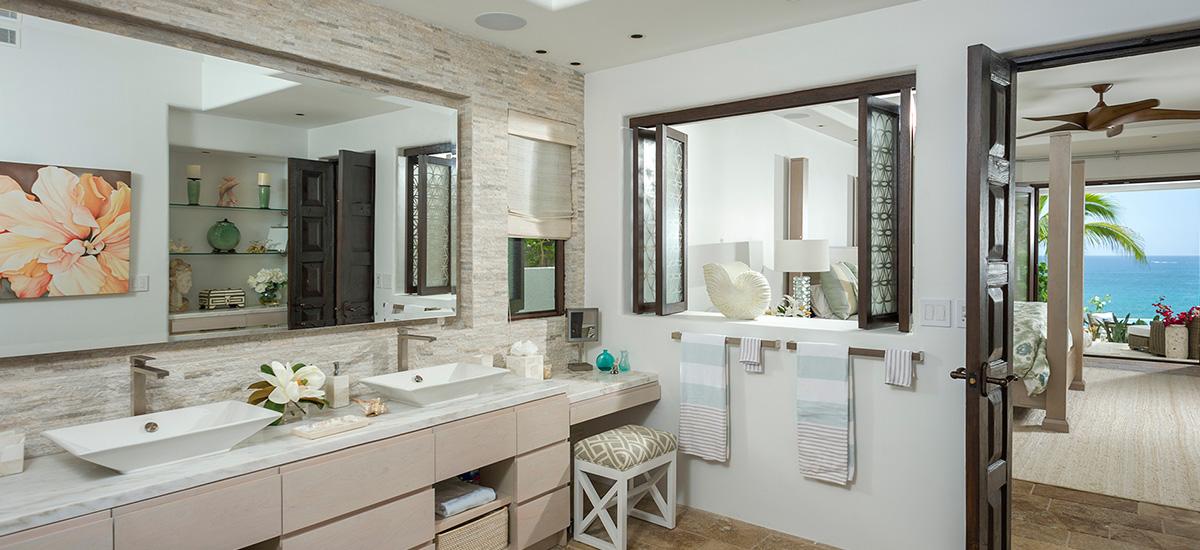 casa roca de pajaro bathroom