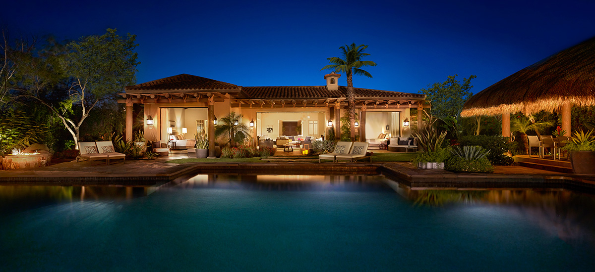 casa santa maria villa night