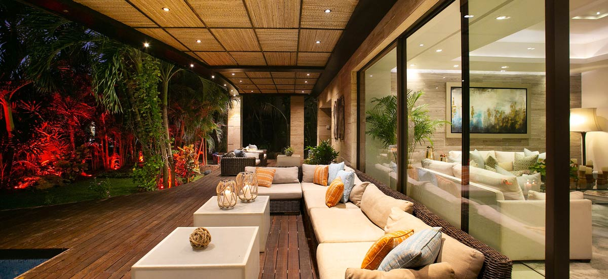 casa sirenus outdoor lounge