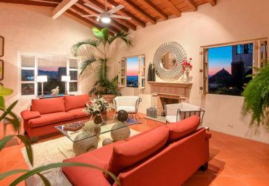 Casa Tabachin Living